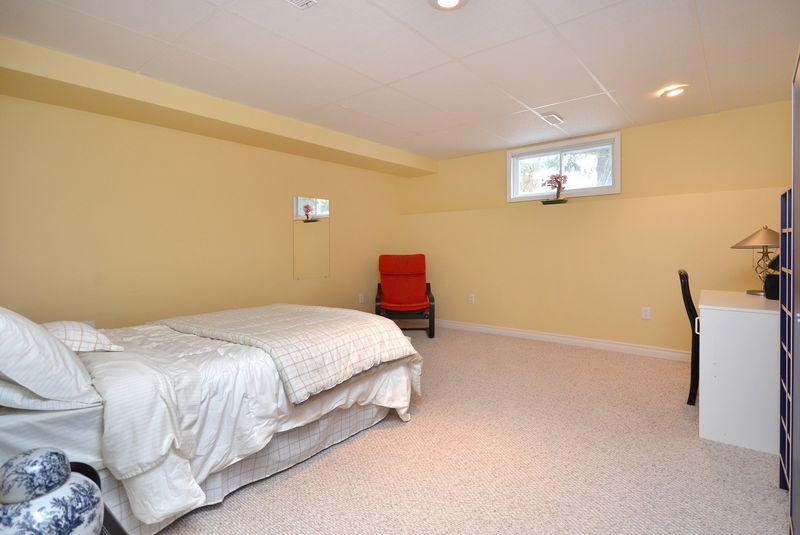 124_east_st_MLS_HID699472_ROOMbedroom2