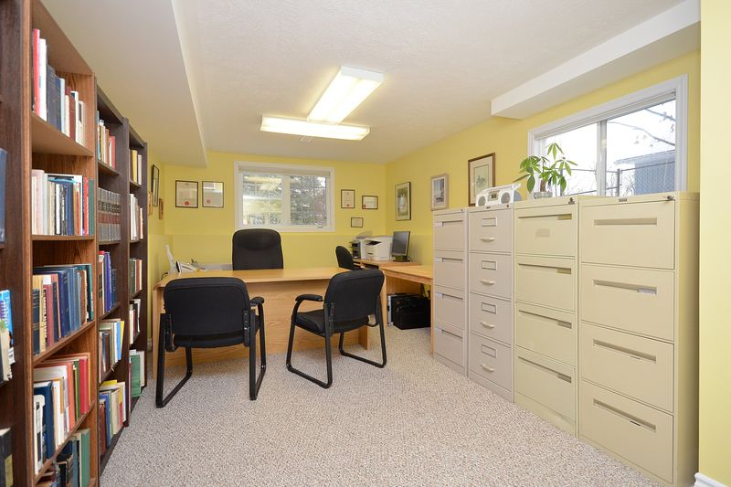 124_east_st_MLS_HID699472_ROOMlowerleveloffice